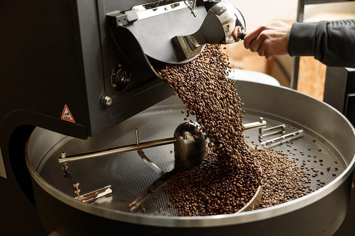 proces wypalania ziaren kawy